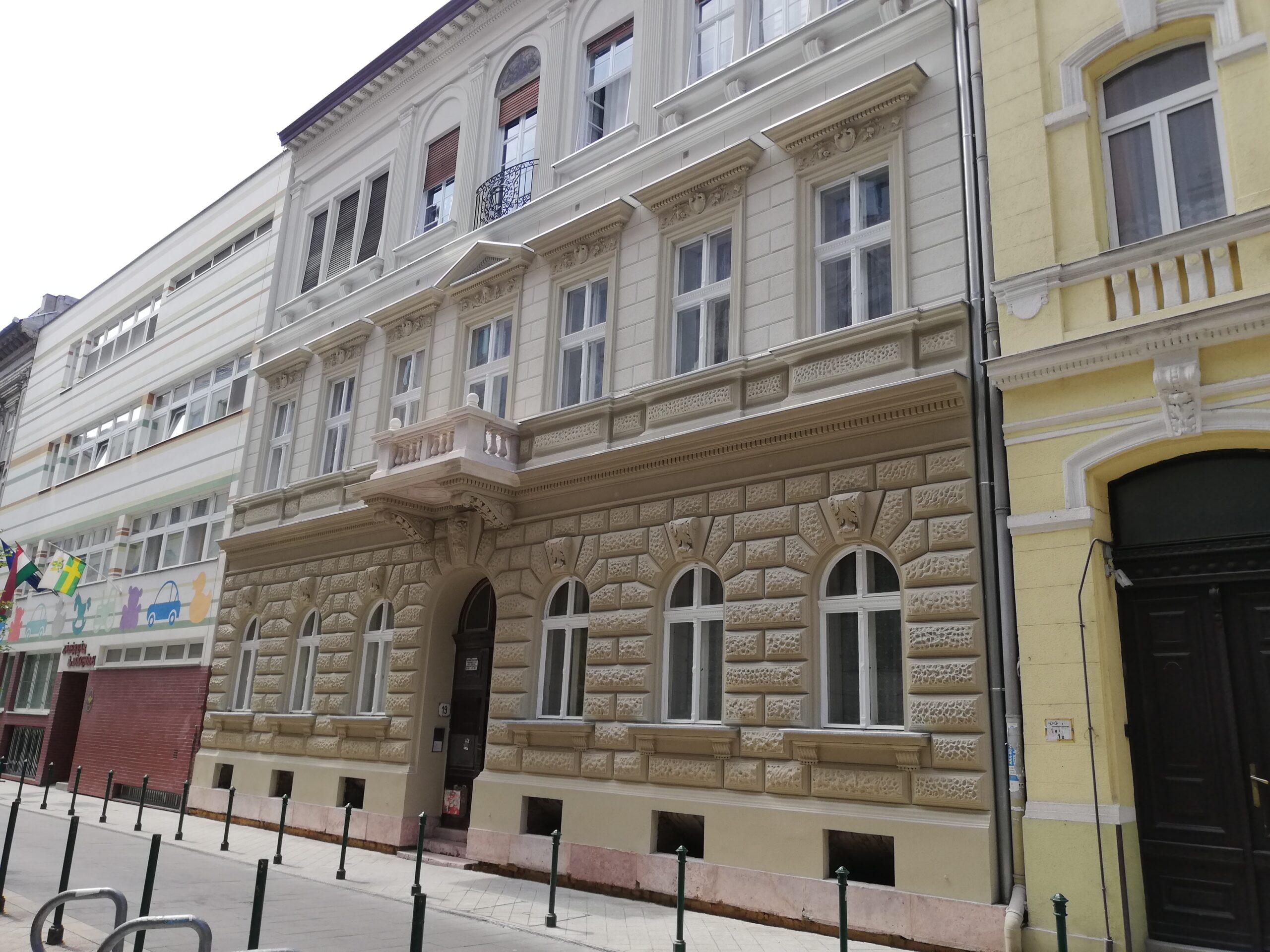 Referencia kép Budapest épület vakolás felújítás
